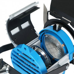Came-TV Luz Fresnel 650watts para estudio, teatros y producción
