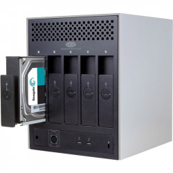 Lacie 30TB 5big Thunderbolt 2   5-Bay RAID 4K