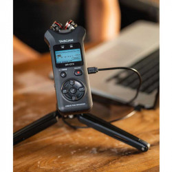 Tascam DR-07X  Grabador de Audio Portátil 2 entradas