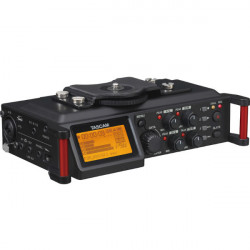 Tascam DR-70D Grabador Portátil 4 canales para DSLR (4 XLR)